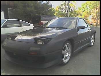 http://www.2carpros.com/forum/automotive_pictures/119025_rx7_8.jpg