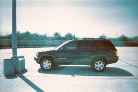 http://www.2carpros.com/forum/automotive_pictures/126893_2000_grand_cherokee_1.jpg