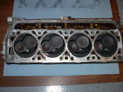 http://www.2carpros.com/forum/automotive_pictures/170644_Head_Bottom_1.jpg