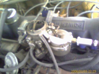 http://www.2carpros.com/forum/automotive_pictures/179347_carb_sideview_1.jpg