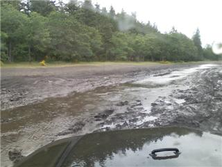 http://www.2carpros.com/forum/automotive_pictures/205139_My_first_mud_hole_1.jpg