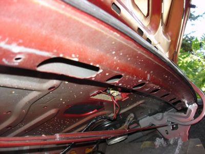 http://www.2carpros.com/forum/automotive_pictures/212377_trunk5_1.jpg