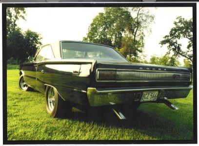 http://www.2carpros.com/forum/automotive_pictures/248092_1967_Dodge_RT_6.jpg