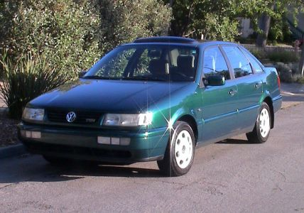 http://www.2carpros.com/forum/automotive_pictures/260451_VW_Passat_1996_NA_TDI_f_1.jpg