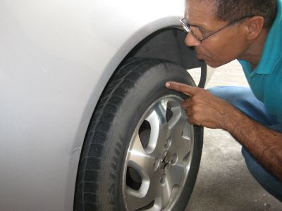 http://www.2carpros.com/forum/automotive_pictures/286576_IMG_2587_1.jpg