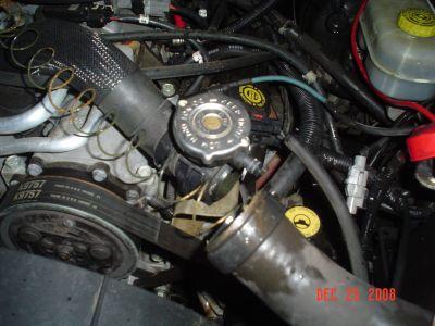 http://www.2carpros.com/forum/automotive_pictures/289104_DSC01777_1.jpg