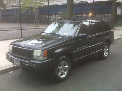 http://www.2carpros.com/forum/automotive_pictures/295405_My_Jeep_3.jpg