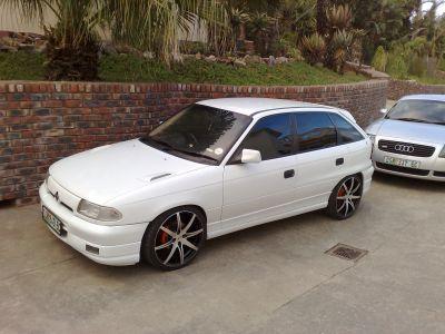 http://www.2carpros.com/forum/automotive_pictures/298542_Opel_Kadette_1.jpg