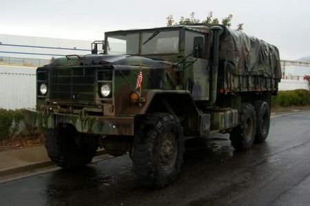 http://www.2carpros.com/forum/automotive_pictures/307270_army_truck_wet_1.jpg