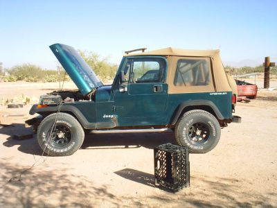 https://www.2carpros.com/forum/automotive_pictures/307869_my_jeep_005_2.jpg