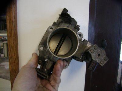 http://www.2carpros.com/forum/automotive_pictures/30961_P1190122_1.jpg