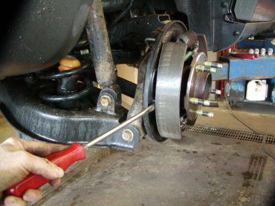 http://www.2carpros.com/forum/automotive_pictures/30961_lift_shoes_2.jpg