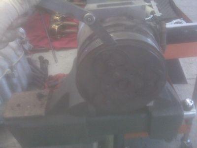 http://www.2carpros.com/forum/automotive_pictures/337695_IMG00156_1.jpg