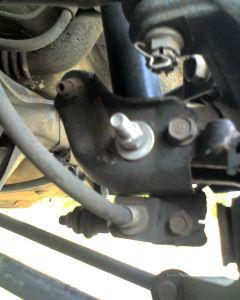 http://www.2carpros.com/forum/automotive_pictures/343918_LRL615400331_1.jpg