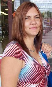 http://www.2carpros.com/forum/automotive_pictures/349301_m_bd4f29df1f3c4356b3357ad08e02cec7_tammy_2.jpg