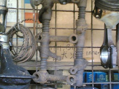 http://www.2carpros.com/forum/automotive_pictures/392291_25072009001_3.jpg