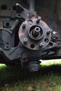 http://www.2carpros.com/forum/automotive_pictures/408751_whereisspindle1_1.jpg