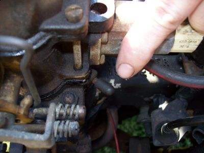 http://www.2carpros.com/forum/automotive_pictures/411289_83_CJ_STEPPER_CARB_004_1.jpg