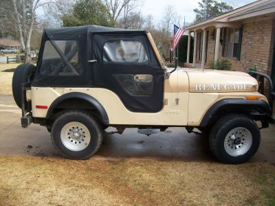 http://www.2carpros.com/forum/automotive_pictures/411289_MR_JEEP_SSV_STREET_SURVIVAL_VEHICLE_HIS_GOOD_SIDE_1.jpg