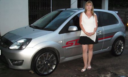 http://www.2carpros.com/forum/automotive_pictures/418111_PICT0271_1.jpg