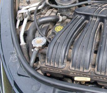 http://www.2carpros.com/forum/automotive_pictures/425792_coolant_hose_3.jpg