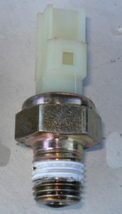 http://www.2carpros.com/forum/automotive_pictures/433905_Oil_Sender_2.jpg