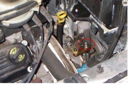 http://www.2carpros.com/forum/automotive_pictures/444704_leak_1.jpg