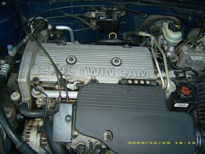 http://www.2carpros.com/forum/automotive_pictures/451804_engine3_1.jpg