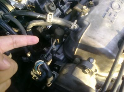 Car Leaking Oil >> 1999 Honda Civic Oil Leak: Engine Performance Problem 1999 Honda ...