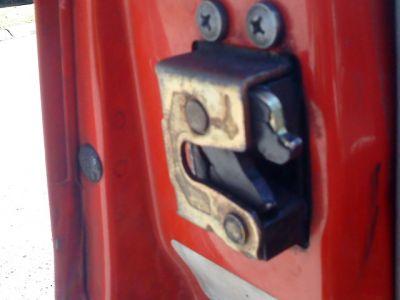 http://www.2carpros.com/forum/automotive_pictures/502313_DSC00706_1.jpg