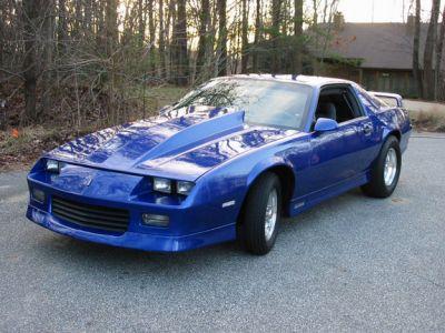 http://www.2carpros.com/forum/automotive_pictures/53768_camero_1.jpg