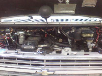 http://www.2carpros.com/forum/automotive_pictures/542200_engine_1.jpg