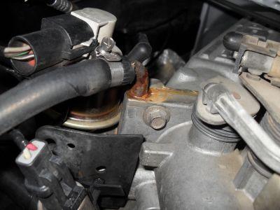 http://www.2carpros.com/forum/automotive_pictures/561437_Coolant_leak_1.jpg