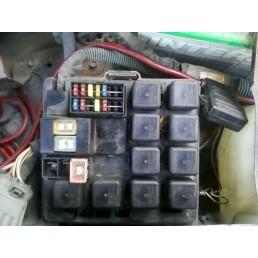 http://www.2carpros.com/forum/automotive_pictures/564048_fuse_box_hood_2.jpg