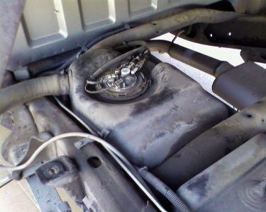 https://www.2carpros.com/forum/automotive_pictures/57076_Photo0029_1.jpg