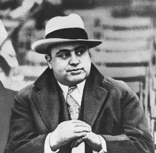 http://www.2carpros.com/forum/automotive_pictures/571214_Al_Capone_1.jpg