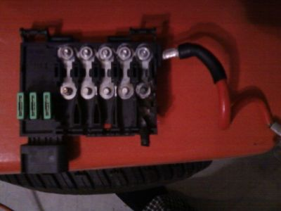 2003 volkswagen beetle battery fuse box electrical problem 2003
