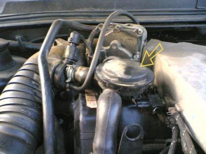 http://www.2carpros.com/forum/automotive_pictures/70282_egrvalve_1.jpg