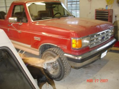 http://www.2carpros.com/forum/automotive_pictures/99731_Bronco_Before_1.jpg
