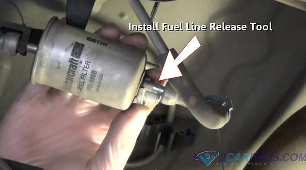 installing fuel line release tool