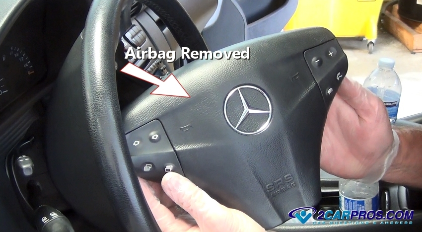 peugeot 206 drivers airbag removal