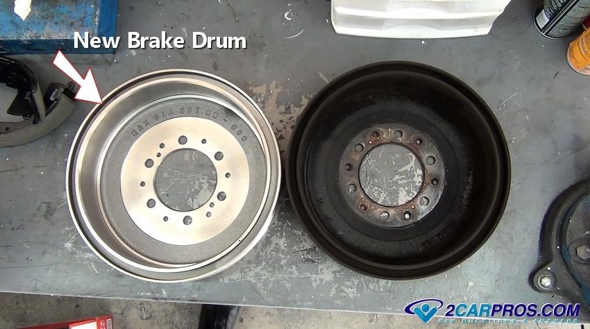 FIAT PUNTO REAR BRAKE DRUMS /&  BRAKE SHOES FULL SETS