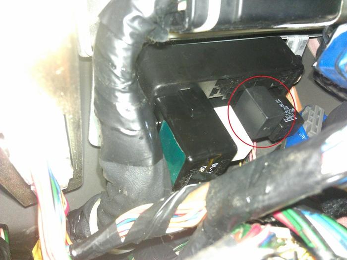 car cranks but doesnt turn over fuel pump gets no power. Black Bedroom Furniture Sets. Home Design Ideas