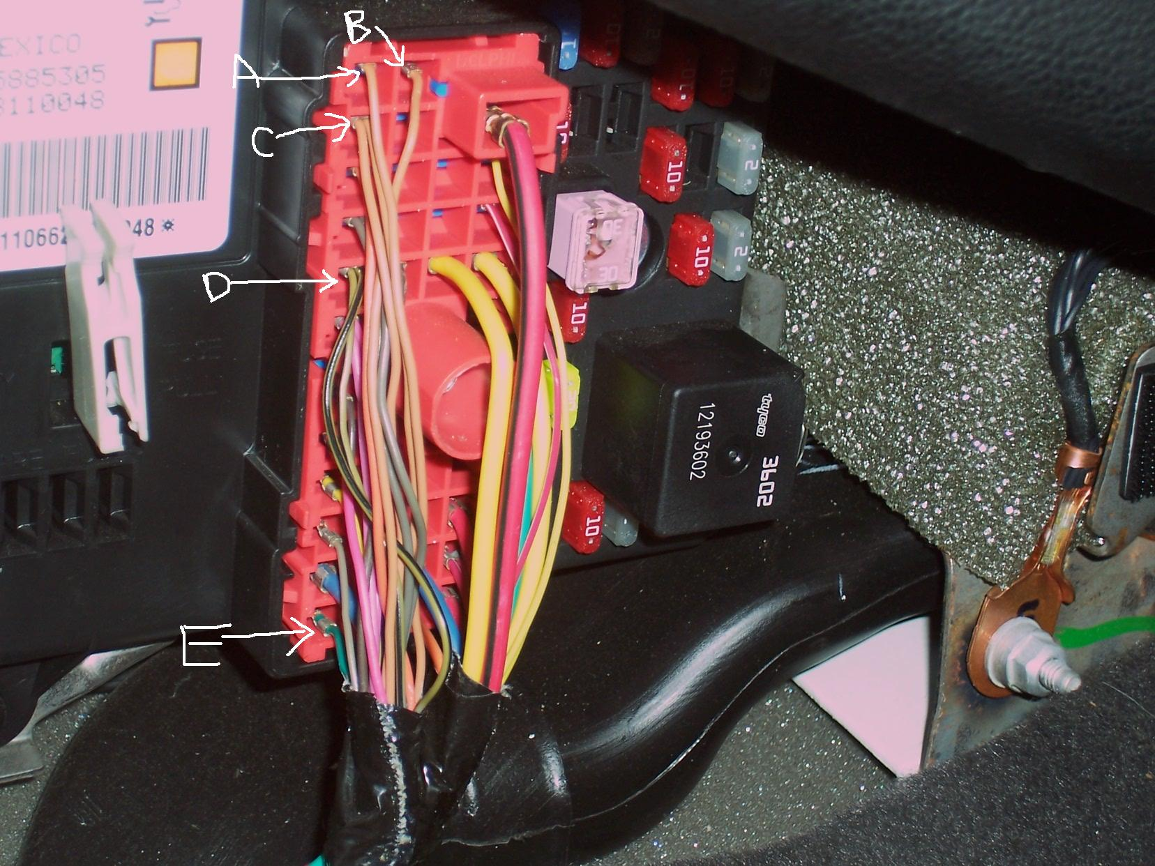 fried wires in fuse box under hood 2007 g6 42 wiring. Black Bedroom Furniture Sets. Home Design Ideas