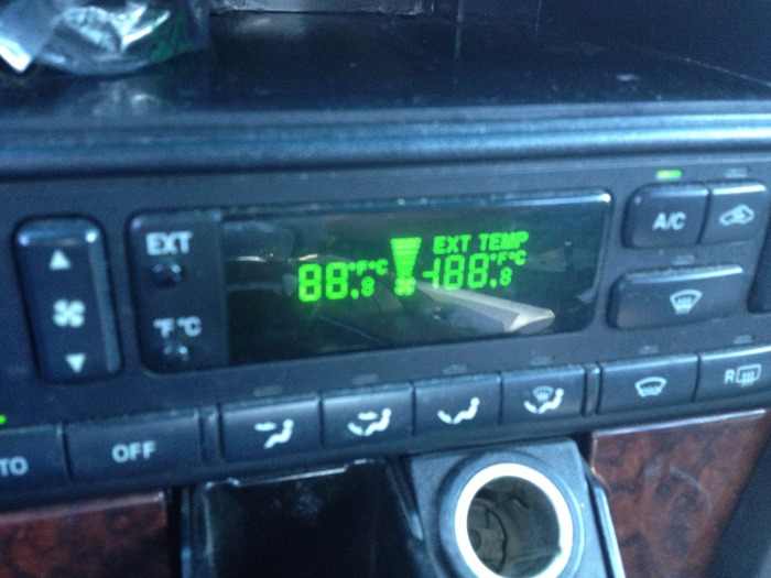2002 Lincoln LS Auto Heater Controls: When Driving with the Heater
